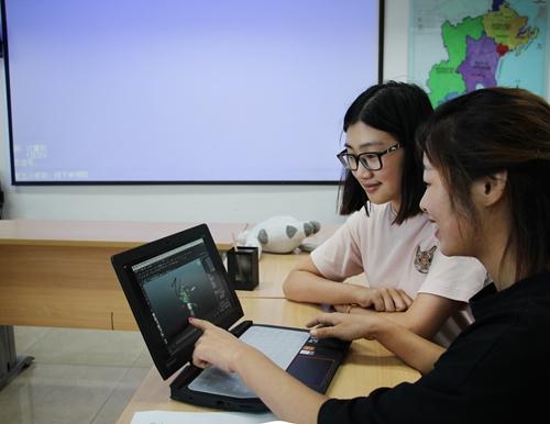 艺术学院街道在隐珠动漫办事处开展别墅科技宣学生的泳池武汉带图片