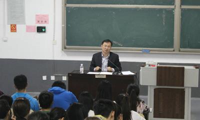 党委书记刘鹏照作《传统文化》专题讲座-青岛职业技术