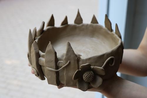 """>> 正文   作品展示 5月18日下午,艺术学院在陶艺工作室举办""""陶艺创意图片"""