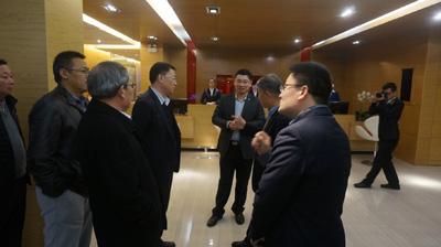 党委书记刘鹏照率队考察青岛酒店管理职业技术学院